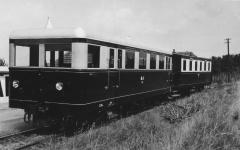 Der heutige T 33 als Tr.1 der Kleinbahn Bremen-Tarmstedt mit Beiwagen 29 Mitte der 1930er Jahre