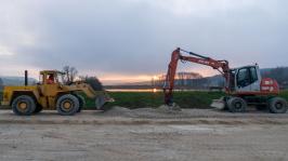 Ein schöner Sonnenuntergang begleitete die Arbeiten am kürzesten Tag des Jahres.