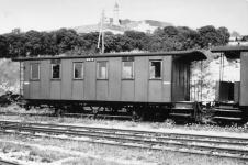 """Personenwagen WN 8 - ex """"Zacke"""" - um 1950 in Neresheim"""