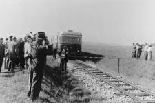 """Anlässlich der Einweihung der neuen Triebwagen fand am 21. September 1956 eine """"Grenzkontrolle"""" zwischen Ballmertshofen und Wittislingen statt."""